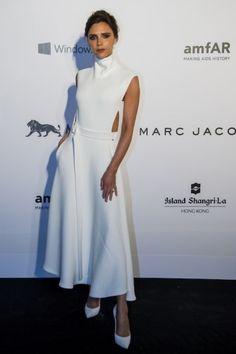 14 maart 2015 - amfAR Hong Kong Gala - Victoria Beckham Style File - Nieuws - Fashion