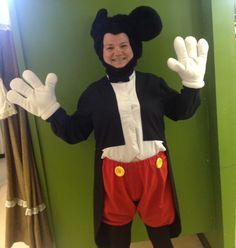 M-I-C-K-E-Y M-O-U-S-E #rental #costume #mascot #mickeymouse www.thecostumeshoppe.com