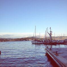 golfo di La Spezia e Apuane  #mareprofumodimare #cadimare #laspezia #cosebellebreak #goldenhour #summervibes #aug16 #alpiapuane  (presso Cadimare, Sbarco Dei Pirati)