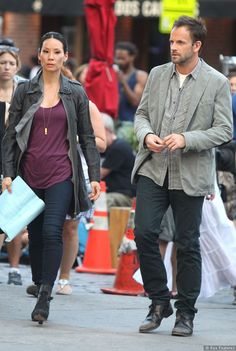 Pictures Of Elementary Stars Jonny Lee Miller And Lucy Liu On Set - Sky Living HD - cool Coat Lucy - SSG