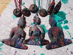 polymer clay buddha pendants by mariannamich on DeviantArt Polymer Clay Creations, Jewelry Art, Jewellery, Diy Art, Buddha, Jewelry Making, Creatures, Pendants, Diy Crafts