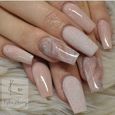 On average, the finger nails grow from 3 to millimeters per month. If it is difficult to change their growth rate, however, it is possible to cheat on their appearance and length through false nails. Marble Nail Designs, Acrylic Nail Designs, Nail Art Designs, Nails Design, Neutral Nail Designs, Gel Nail Polish Designs, Neutral Nails, Nude Nails, My Nails