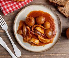 Σουπιές στιφάδο | Συνταγή | Argiro.gr Pretzel Bites, Bread, Cooking, Recipes, Food, Meal, Kochen, Food Recipes, Essen