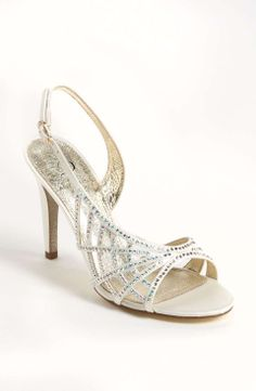 Adrianna Papell 'Eliaza' Sandal on Wantering   Red Carpet Awards   womens silver sandals #womensheels #womenssilversandals #womensshoes #womensstyle #womensfashion #style #fashion #adriannapapell #wantering http://www.wantering.com/womens-clothing-item/adrianna-papell-eliaza-sandal/abjEf/