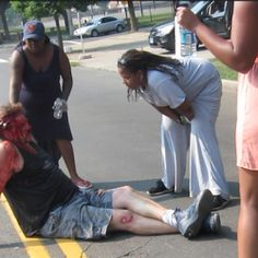 ClashDaily - I wonder if Jay-Z, Beyonce, Obama, Sharpton and Jesse Jackson will protest the beating of this poor white businessman...