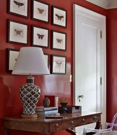 Bunny Williams Glossy, dark red walls and our Chicken Feather Lamp Red Bedroom Walls, Red Walls, Kids Bedroom, Bedroom Ideas, Red Living Room Decor, Living Room Colors, Farrow And Ball Living Room, Bunny Williams Home, Feather Lamp