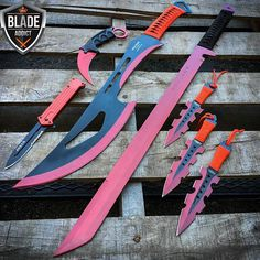 I'm gonna kill you with my pink death! Pretty Knives, Cool Knives, Knives And Swords, Tactical Knives, Tactical Gear, Knife Aesthetic, Armas Ninja, Cool Swords, Ninja Weapons