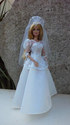 Barbie I, Barbie And Ken, Barbie Wedding Dress, Wedding Dresses, Vintage Barbie Clothes, Bride Dolls, Doll Dresses, Bridal Sets, Beautiful Dolls