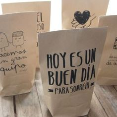 very cute illustrations on brown paper bag Brand Packaging, Gift Packaging, Packaging Design, Organic Packaging, Paper Packaging, Packaging Ideas, Genius Ideas, Diy Gifts, Gift Wrapping