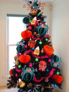 Black Christmas Tree Decorations Ideas