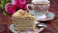 Рецепта за Бисквитена торта с крем кафе