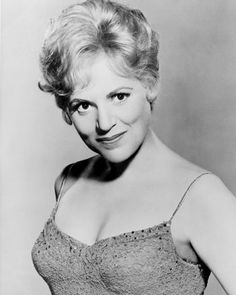Judy Holliday had a genius IQ of 172 but, ironically, made her name playing dumb blondes, and doing it very well. Judy Holliday, Gerry Mulligan, Jazz Musicians, Classic Films, Beautiful One, Best Actress, Old Movies, Classic Beauty, Vintage Photography