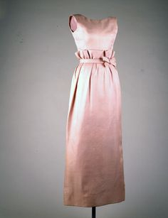 Mauve Evening Gown, 1963. This dress was worn by Jacqueline Kennedy to the state dinner honoring Grand Duchess Charlotte of Luxembourg, at the White House, April 30, 1963. Mrs. Kennedy wore this dress when pregnant with Patrick Kennedy.