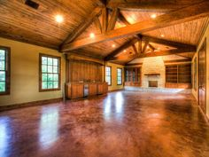 Rustic Texas Hill Country style great room...oh, I die!!