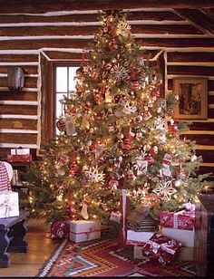 a cozy rustic christmas what a beautiful old fashioned tree