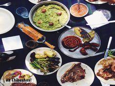 Variedad gastronómica exquisita. TURISMO EN CHIHUAHUA. Chihuahua tiene una exquisita variedad de platillos y comida regional, elaborada en base de carne de res,  pues aquí se cría ganado bovino de gran calidad, como el famoso cara blanca (Hereford) Brangus, Angus y Charolais, entre otros. Los cortes más exquisitos de carne chihuahuense se sirven en los restaurantes acompañados de papa al horno y cebolla asada.  www.turismoenchihuahua.com