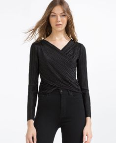 Image 2 of CROSSOVER TOP from Zara