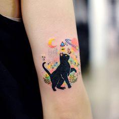 Finger Hand tats, Hand tattoos for women small, Back o… Dainty Tattoos, Pretty Tattoos, Cute Tattoos, Beautiful Tattoos, Body Art Tattoos, New Tattoos, Small Tattoos, Finger Tattoos, Tatoos