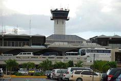 La empresa francesa Aeropuertos Vinci Unidad Signos adquirió las acciones de la empresa de Aeropuertos Dominicanos (AERODOM), de República Dominicana, se informó este lunes en el portal de http://www.nasdaq.com. Se informó que la operación es parte de la estrategia de esa empresa francesa de hacer inversiones en los países que considera con fuerte potencial de…