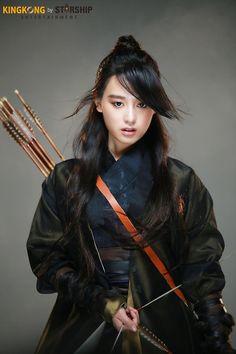 [배우 김지원] 홍보요정과 함께한 DAY☆ : 네이버 포스트 Character Inspiration, Character Design, Kim Ji Won, Fantasy Photography, Gender Bender, Fantasy Warrior, Pretty Pictures, Pretty Pics, Korean Actresses