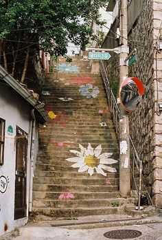 Floral staircase in Seoul, Korea. #flowerpower