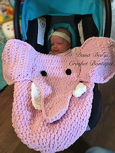 Baby Elephant Car Seat Blanket - Crochet Pattern by #DanaDeeCrochet | Featured at Dana Dee Crochet - Sponsor Spotlight Round Up via @beckastreasures | #fallintochristmas2016 #crochetcontest #spotlight #crochet #roundup