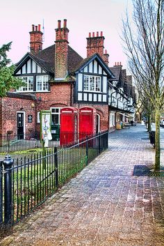 This row of shops at Bournville Village in Birmrmingham, was designed by Bedford Tylor and built between 1905 and 1908.