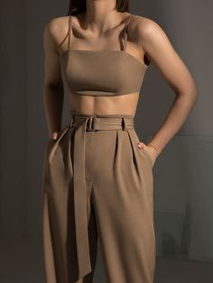 Looks Chic, Looks Style, Mode Outfits, Fashion Outfits, Womens Fashion, Modest Fashion, Fashion Tips, Apostolic Fashion, Modest Clothing