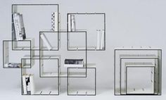 estantería con cajas