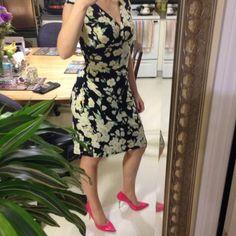 Ralph Lauren floral dress So pretty and flattering!! Like new! Ralph Lauren Dresses