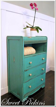 love the idea of removing a drawer from a dresser to make a storage shelf