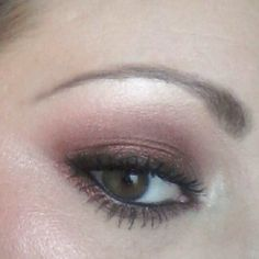 Top picture: M.A.C eyeshadows in Swiss Chocolate, Cork and Embark ...