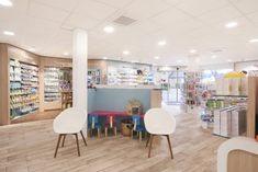 Realisation De Pharmacie Design Jbcc Agencement En 2020