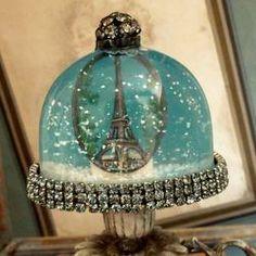 Eiffel tower snowglobe - TheFind