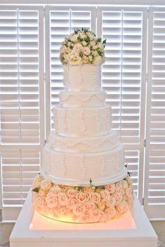 Work of art wedding cakes