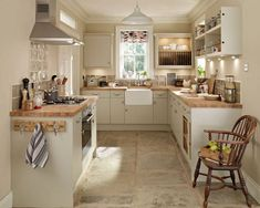 Greenwich Grey - Greenwich - Kitchen Families - Kitchen Collection - Howdens Joinery