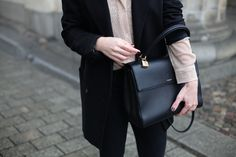 Blogger Carola is in love with our Saint Laurent Moujik
