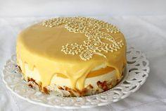 Tort cu lămâie și cocos Romanian Desserts, Romanian Food, Cookie Recipes, Dessert Recipes, Pavlova, Something Sweet, Sweet Tooth, Sweet Treats, Food And Drink