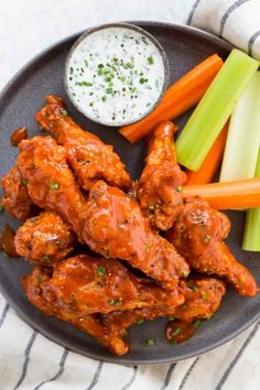 Crispy baked buffalo wings are a crowd-pleasing hit as a spicy appetizer for parties or game day. To make these wings extra golden brown and crunchy, baking soda is used in the coating. This recipe is paired with a delicious homemade ranch sauce. Spicy Appetizers, Appetizer Recipes, Baked Chicken Wings Buffalo, Hot Buffalo Wings, Buffalo Hot Wings Recipe, Crispy Chicken Wings, Wings In The Oven, Healthy Superbowl Snacks, Chicken Wing Recipes