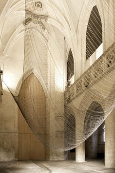 Created. 2012 by David Letellier for the Saint Sauveur Chapel in Caen, Caten is a levitating sculpture, determined by gravity and guiding the evolution of a sound composition. / Église Saint-Sauveur de Caen, France
