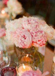 going back to the peonies centerpieces option
