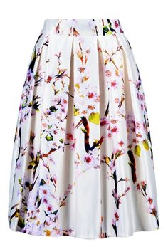 Such a beautiful skirt for Spring -- love the colors!