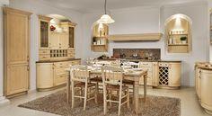 Rustikální kuchyňská linka Hanák, to je láska na celý život. Provedení: dýha jasan drásaný krémový.
