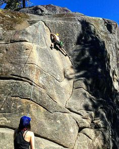 theebmantheegreat Deception Crack 5.9, part of Classic Crack Crag. A super fun crag to play on. Good times! #rockclimbing #rock #climb #climbing #doyouclimb #crack #fun #goodtimes #pnw #liveoutdoors #choosemountains #getoutside #upperleftusa #pnwonderland #wanderwashington #wanderlust #climbing_pictures_of_instagram #climbingismypassion #heyflashfoxy #frictionlabs #weekend theebmantheegreat#MEclimbing