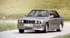 bmw-e30-m3-front-side-drift
