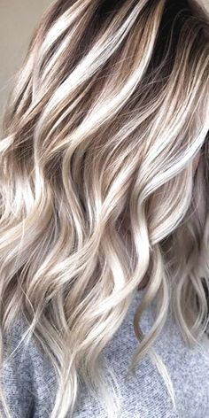 Hair Color Streaks, Blonde Hair With Highlights, Hair Color Balayage, Fall Blonde Hair Color, Cool Blonde Hair, Blonde Wig, Rose Gold Hair Blonde, Red Hair, Silver Blonde