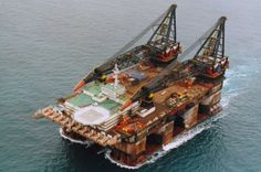 The Thialf has two cranes with a combined maximum lifting capacity of 14,200 metric tons, making it the largest crane vessel in the world. She is able to accommodate 736 persons.