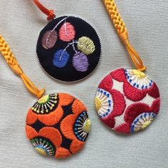 Crystal Embroidery, Embroidery Thread, Cross Stitch Embroidery, Cross Stitch Patterns, Textile Jewelry, Fabric Jewelry, Japanese Embroidery, Textiles, Sewing Crafts