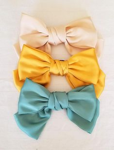 Ribbon Hair Clips, Elastic Hair Bands, Hair Barrettes, Hair Bow, Fabric Bow Tutorial, Minimalist Shoes, Silk Hair, Boho Headband, Fabric Bows