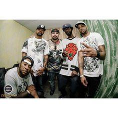 De Peso @nego_jam @edirock70 @donpixote07 @djkefing @rappergregory |- EDI ROCK 24/07 no Brasuca #hiphop #rapnacional #paralelourbano #music #sonoridades #brasuca #bolachassonoras #musicaboa #seletas #discotecagem #realdjs #turntablism #djs #racionais #negodrama #thatsmyway paralelo urbano by paralelourbano http://ift.tt/1HNGVsC